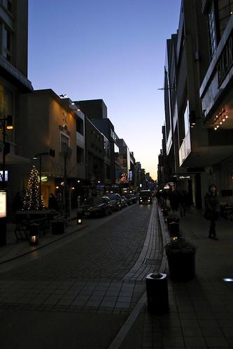 日が暮れた横浜元町