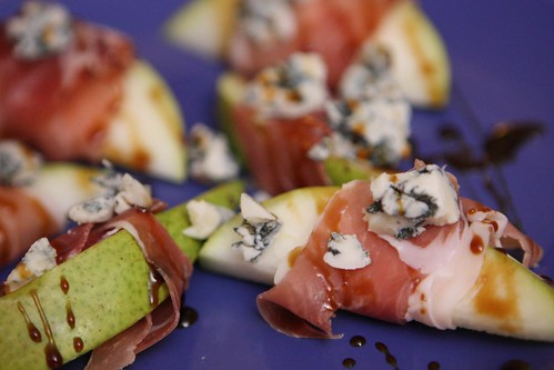 D'Anjou Pear with Prosciutto, Mountain Gorgonzola, and Balsamic Glaze