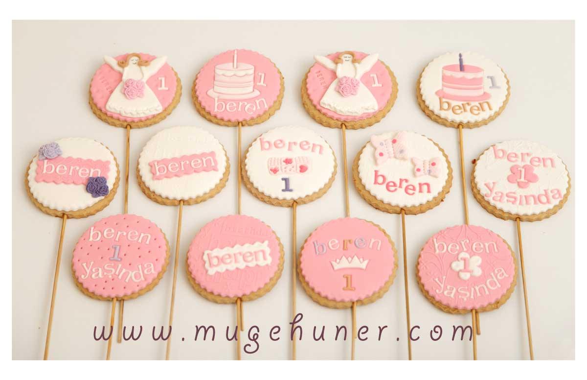 Kız bebek kurabiyeleri-Beren