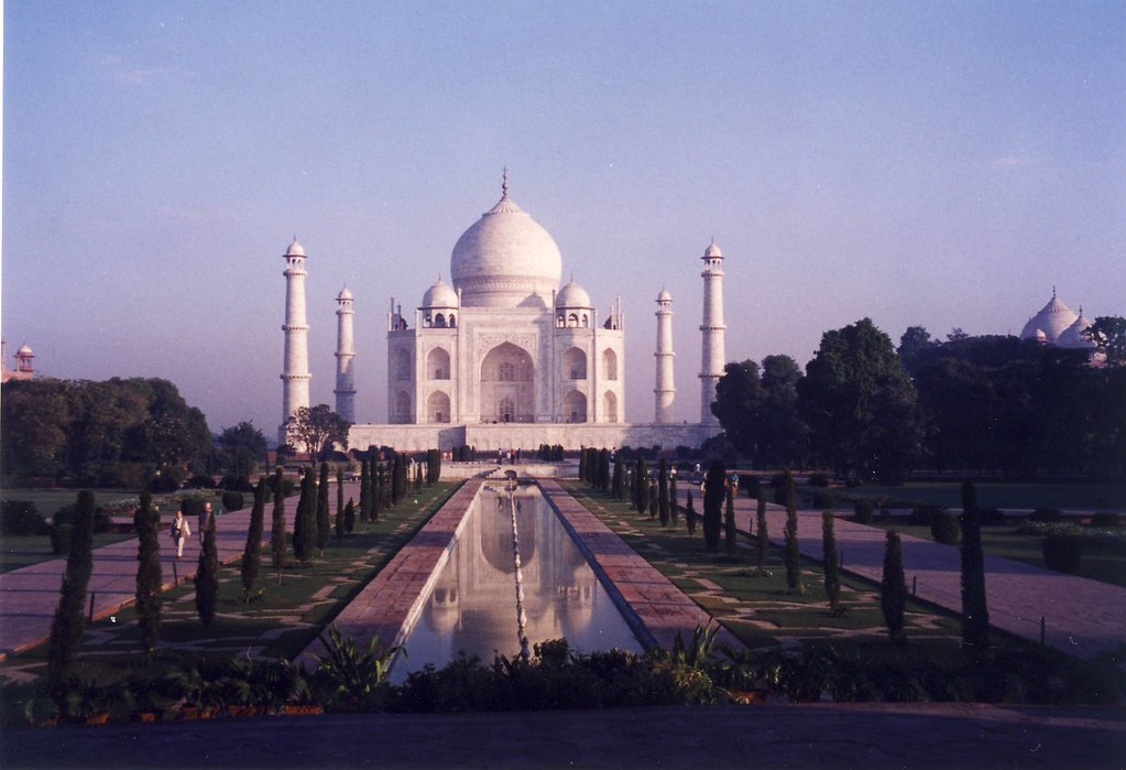 Taj Mahal in the morning, at 7:45 am