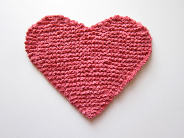 Knitted Socks Patterns Free : Knit Heart Washcloths Flickr - Photo Sharing!