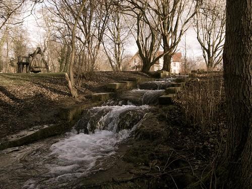 Bach im Klosterpark Weende