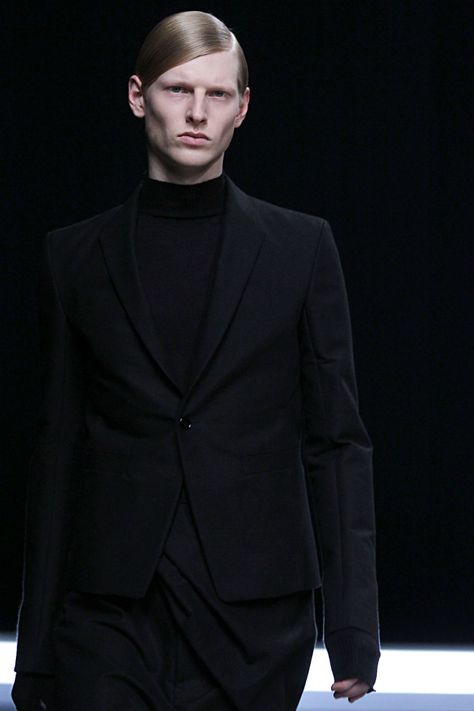 Diederik Van Der Lee3167_FW12 Paris Rick Owens(VOGUE)