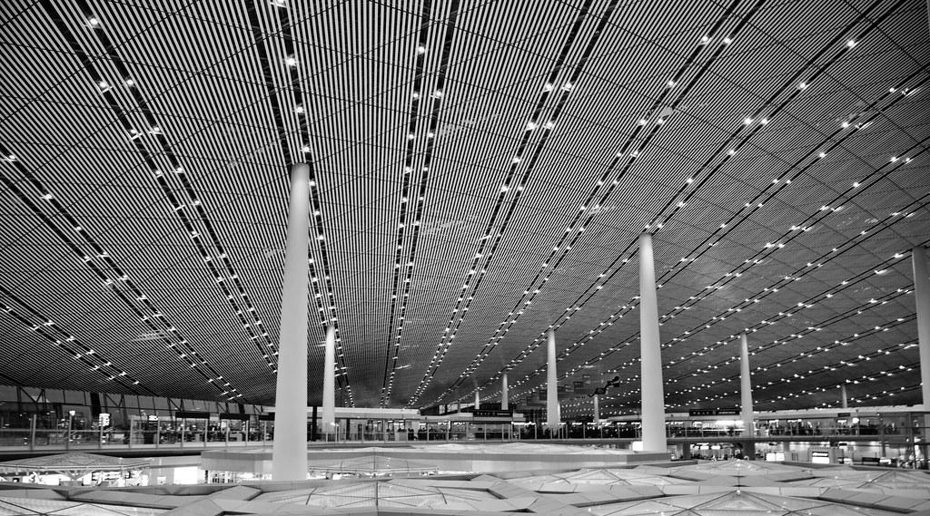 PEK - Beijing Airport [EOS 5DMK2 | EF 24-105L@24mm | 1/6s | f/7.1 |  ISO400]