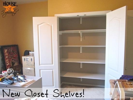 guest_shelves_hoh_2