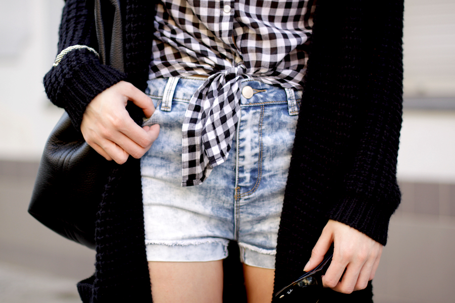Jeans Shorts Tally Weijl 3 ways to wear blogger style party shopping weekend styling outfit ootd CATS & DOGS fashion blog Berlin Ricarda Schernus 5