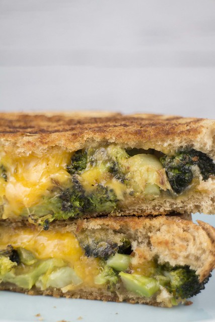 Broccoli Grilled Cheese Sandwich_3