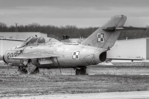 Mikoyan Gurevich MiG-15UTI Midget (NX678)