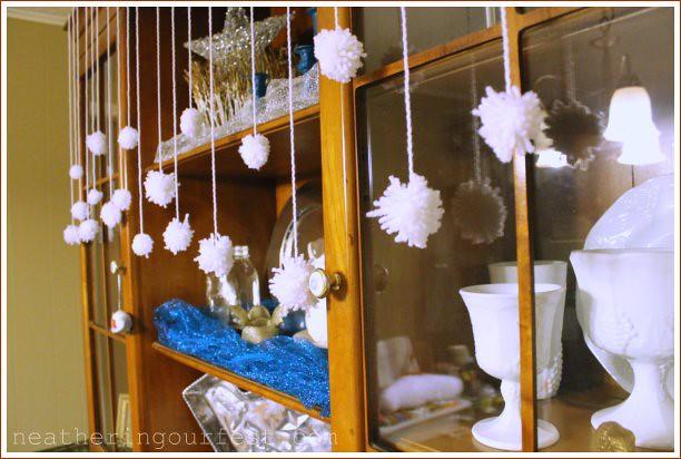 snow yarn balls