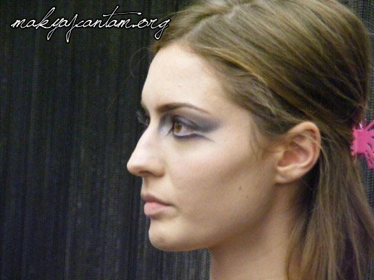 glitter ice makeup_18