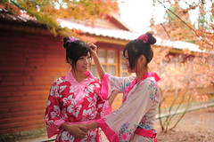 [Free Images] People, Women - Asian, Brother / Sister, Kimono / Yukata, Taiwanese People ID:201201171400