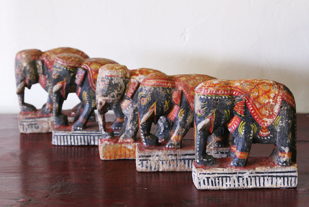 Vintage Elephant Toy (NH068.11)