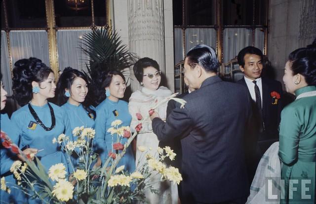 Paris Peace Talks 1968 - Bà Phùng Há, nghệ sĩ Thanh Tú
