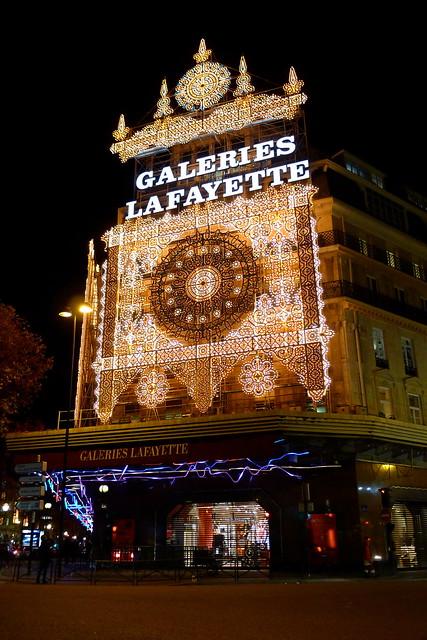 Galeries lafayette vitrines de no l 2011 flickr photo sharing - Vitrine noel galerie lafayette ...