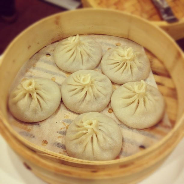 Oh how I love juicy pork dumplings