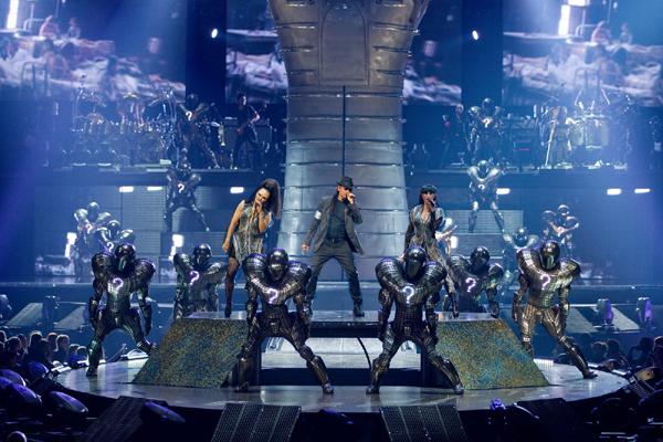 Cirque du Soleil Immortal Live Shot_2