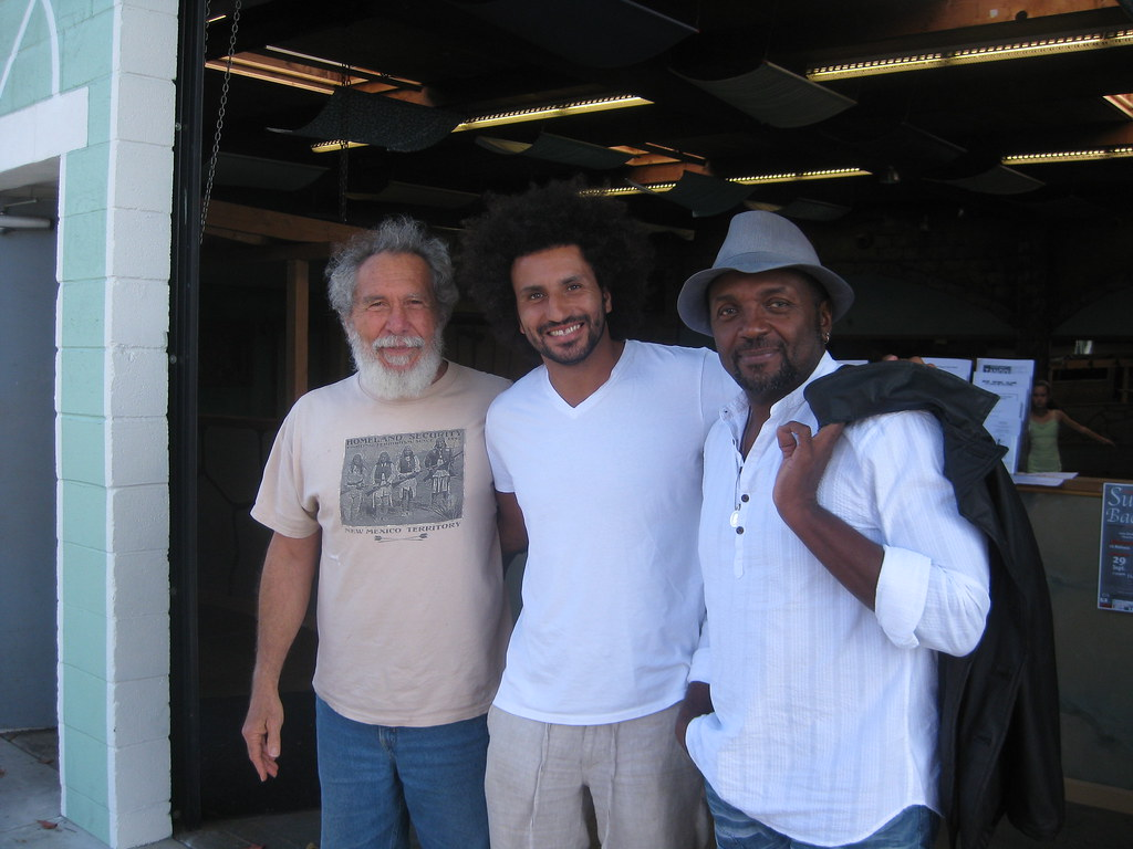 Varal with Grand Mestre Acordeon and Mestre Nenel, 2011.
