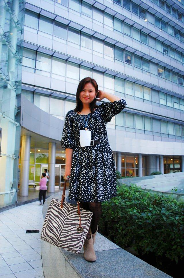 star print dress, denise katipunera, pinay fashion blogger, fashion on a budget, mommy style, thrift finds, ukay ukay dress,