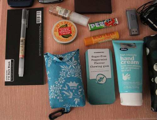 What's Inside My Bag 4