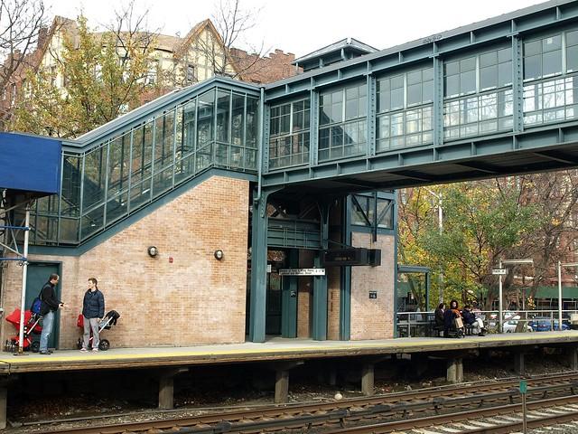 Metro North Train Station New York Botanical Garden Bronx New York City Flickr Photo Sharing