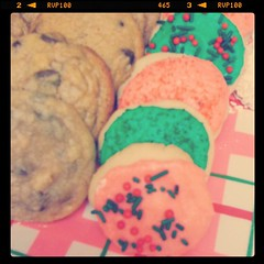 Chocolate chip & sugar cookies