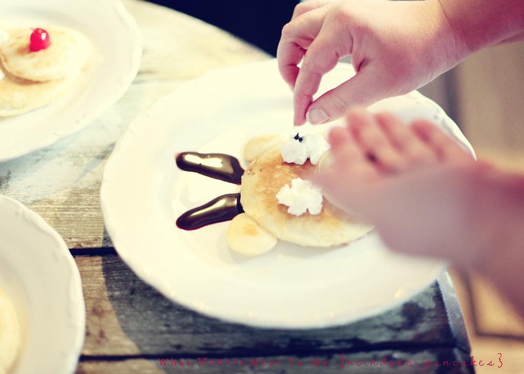 Reindeer Pancakes 02 blog