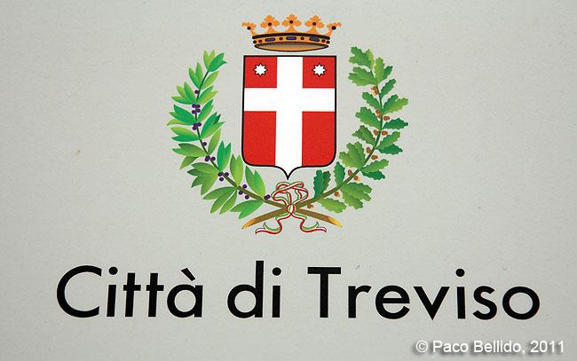 Escudo de Treviso © Paco Bellido, 2011