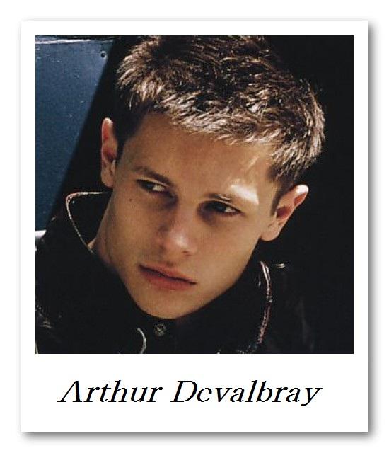 CINQ DEUX UN_Arthur Devalbray0016(HEART2008_12)