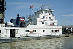 99b024: James G. Hines upbound in Portland Canal on Ohio River at Louisville