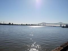 木, 2010-12-02 09:42 - ミシシッピー川 Mississippi River  French Quarter, New Orleans