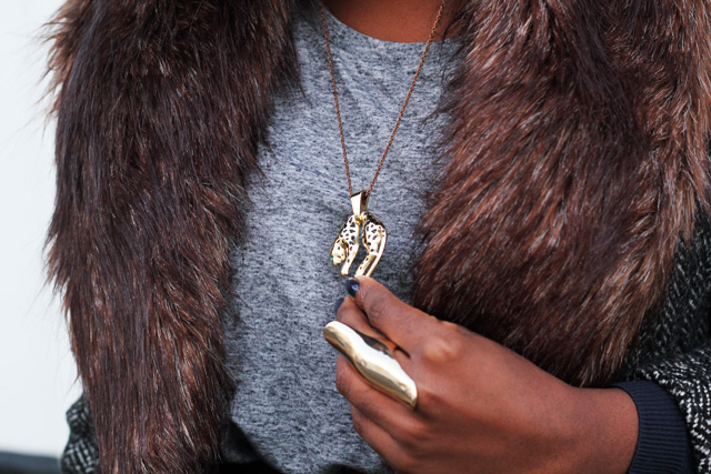 h&m fur collar me and zena leopard necklace