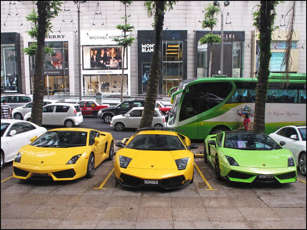 The Lp Generation Which Consist Of The Murcielago Lp670 4 Flickr