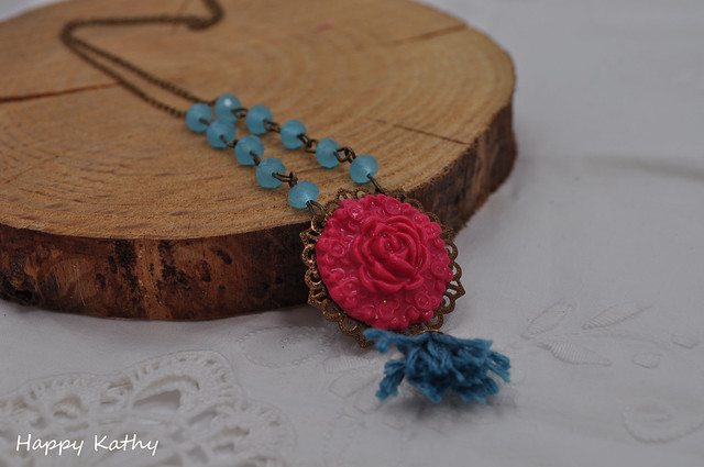 Victorian flower vintage style necklace
