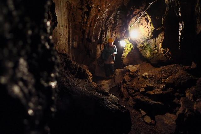 大岳鍾乳洞にて