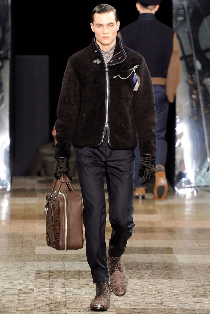 FW12 Paris Louis Vuitton012_Felix Badman(VOGUE)
