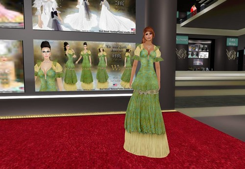TWA The Bee's Knee's Gown Set, 699 lindens by Cherokeeh Asteria