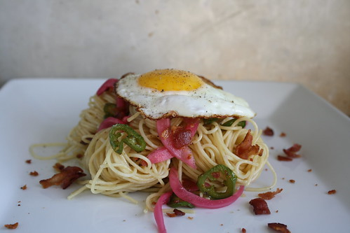 Pasta with bacon, jalapenos and fried egg