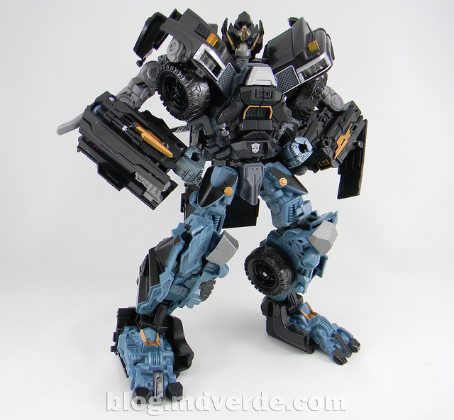 Transformers Ironhide Leader - Dark of the Moon - modo robot
