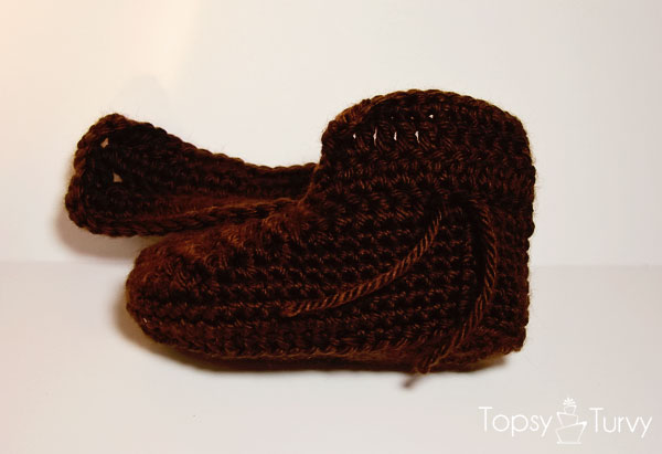 crochet-baby-wrap-add-button-boot
