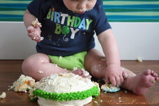 Braden's 1st Cake Smash