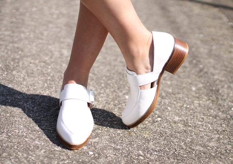 lbd, zapatos blancos zara