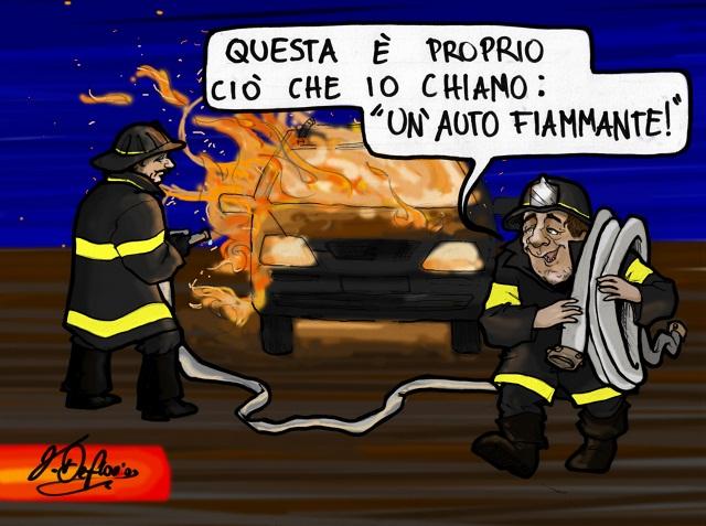 Noicattaro. Vignetta auto in fiamme