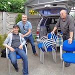 Auch Stühle für die Gartenlaube hatten noch in den Kombi gepasst.