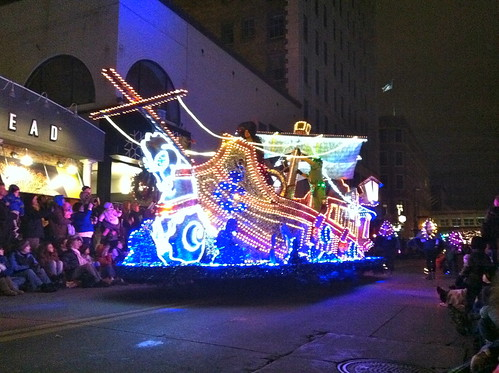 Holidazzle Parade