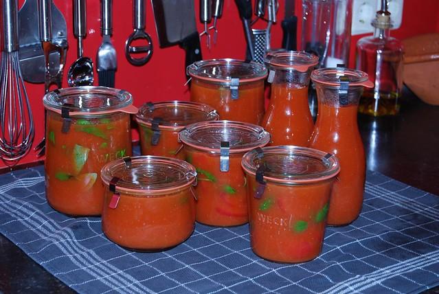 tomaten geweckt met basilicum