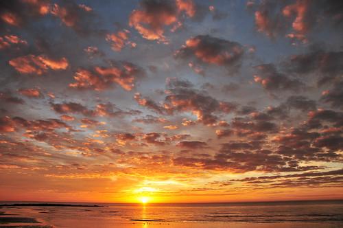 morning autumn light sky seascape texture clouds sunrise landscape sand horizon atmosphere westportct nikond300 sundramatic