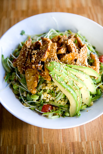 eight veggie salad with (teriyaki) chicken by TAKE A BAO