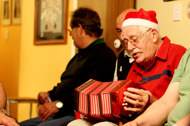 Santa squeezebox