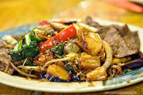 Beef Stir Fry at Khan's Mongolian BBQ ~ Roseville, MN