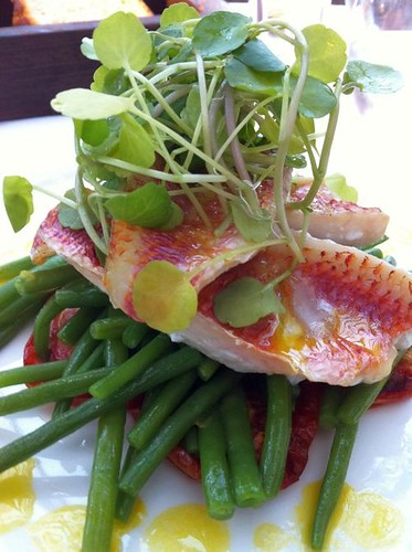 red mullet with saffron potatoes and green beans